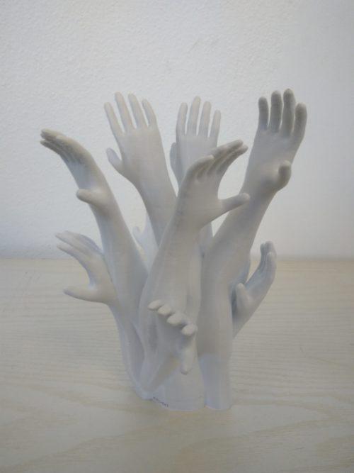 """Un peu de créa chez 3D Imprime, une sculpture numérotée nommée """"les migrants"""" de 26 cm de haut réaliser en PLA."""